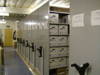 Mobile shelving for archive boxes